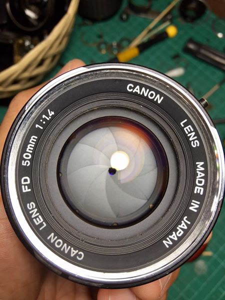 CANON LENS FD 50MM. F1.4 SILVER NOSE FD MOUNT