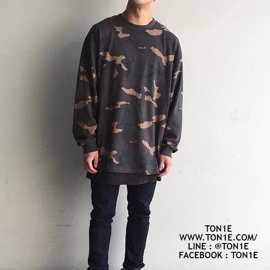 เสื้อแขนยาว Yeezy Camouflage Sweater (เกรดเหมือนของแท้)