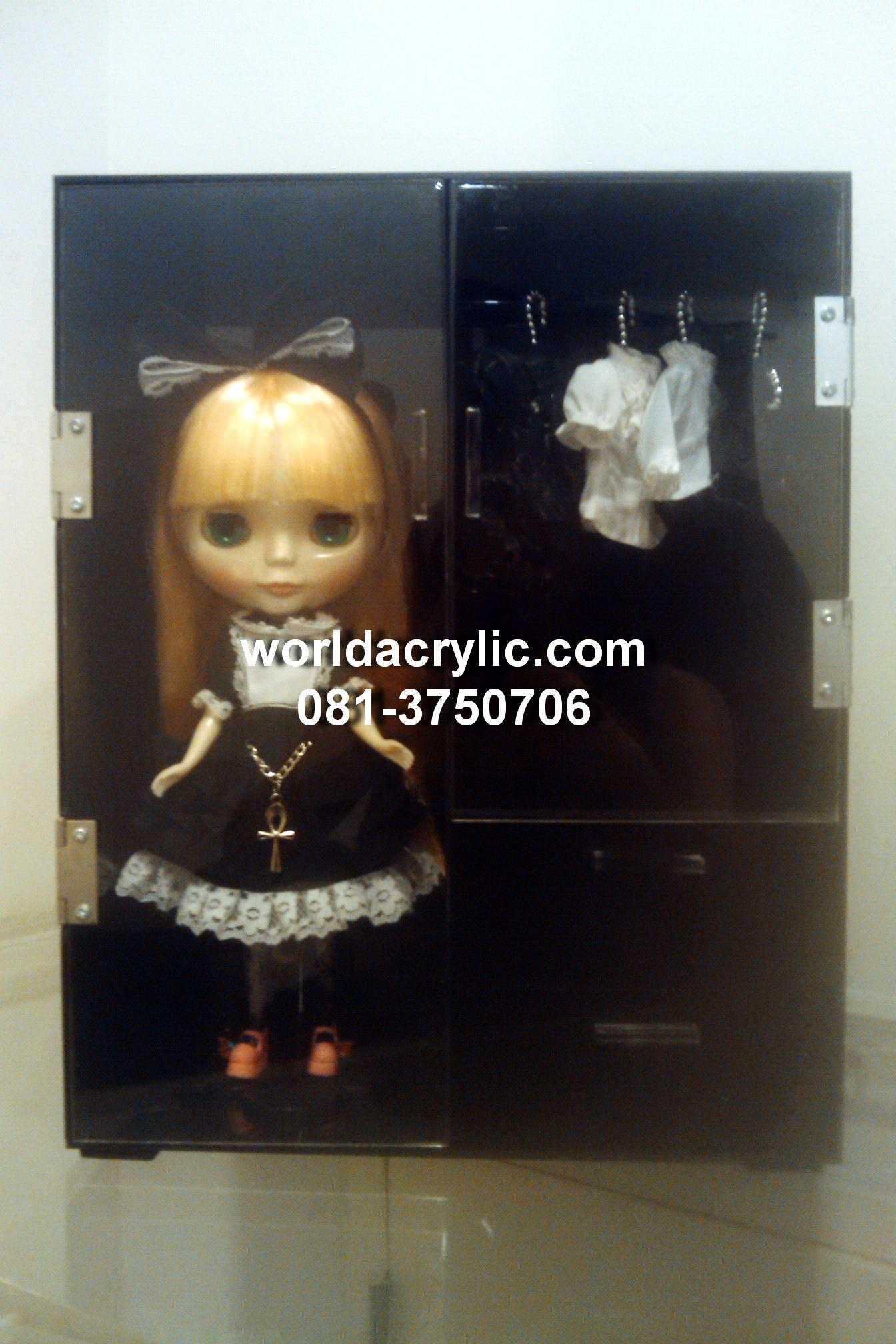 ตู้โชว์ตุ๊กตา/ตู้ครอบโมเดล