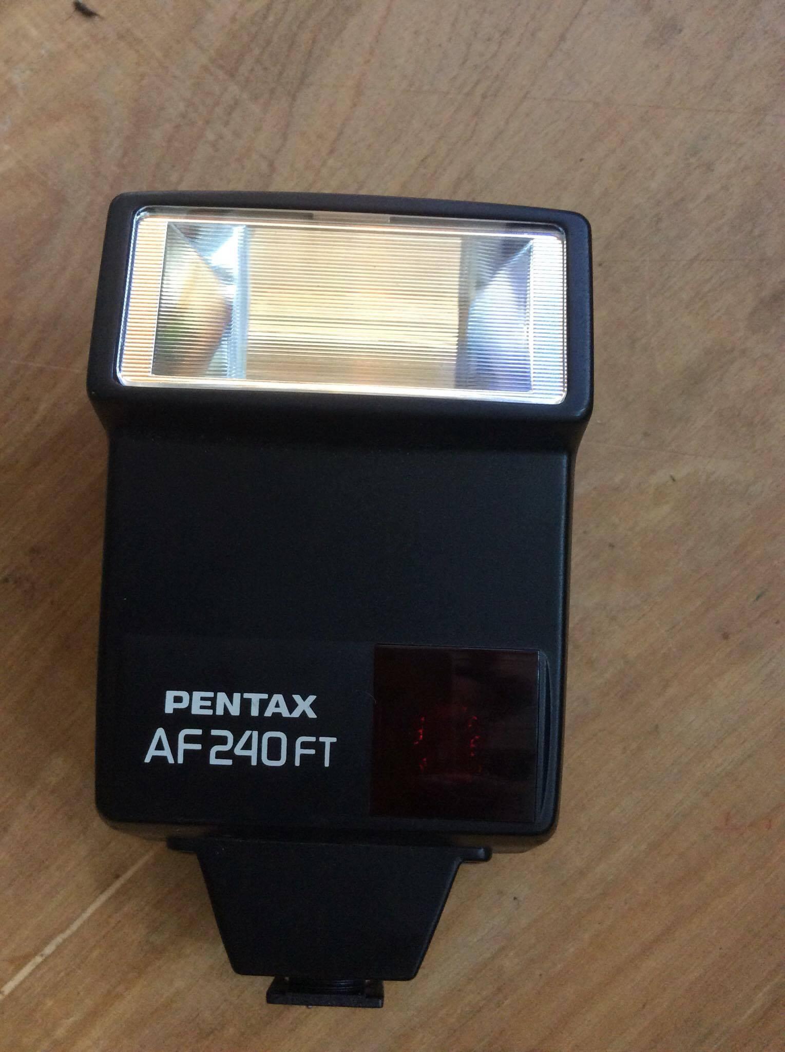PENTAX AF 240FT