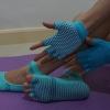 (พรีออเดอร์) ถุงมือ ถุงเท้าโยคะ กันลื่น YKSM30-12