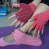 (พรีออเดอร์) ถุงมือ ถุงเท้าโยคะ กันลื่น YKSM30-23