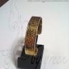 กำไลถมทอง ตัว c แบนตันตรงกลางใส่หัวนะโม 1.5 cm.โดย เครื่องถมนคร by green