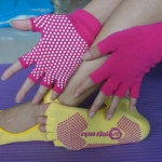 (พร้อมส่ง) YKSM30-2 ถุงมือ ถุงเท้าโยคะ กันลื่น