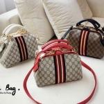 New Gucci Hand bag & cross- body bag pin gold ....