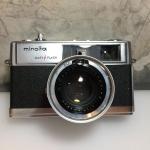 MINOLTA HI-MATIC 9 EASY FLASH MINOLTA ROKKOR-PF 45MM.F1.7