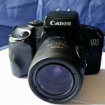 CANON EOS 700QD CANON ZOOM LENS EF35-80MM.F4-5.6