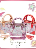 LYN AROUND Delancy Handbag