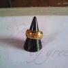 แหวนถมทอง สลักนามสกุล และสัญลักษณ์ ปีเถาะ ขนาด 1 cm. งานสั่งทำ โดย เครื่องถมนคร by green
