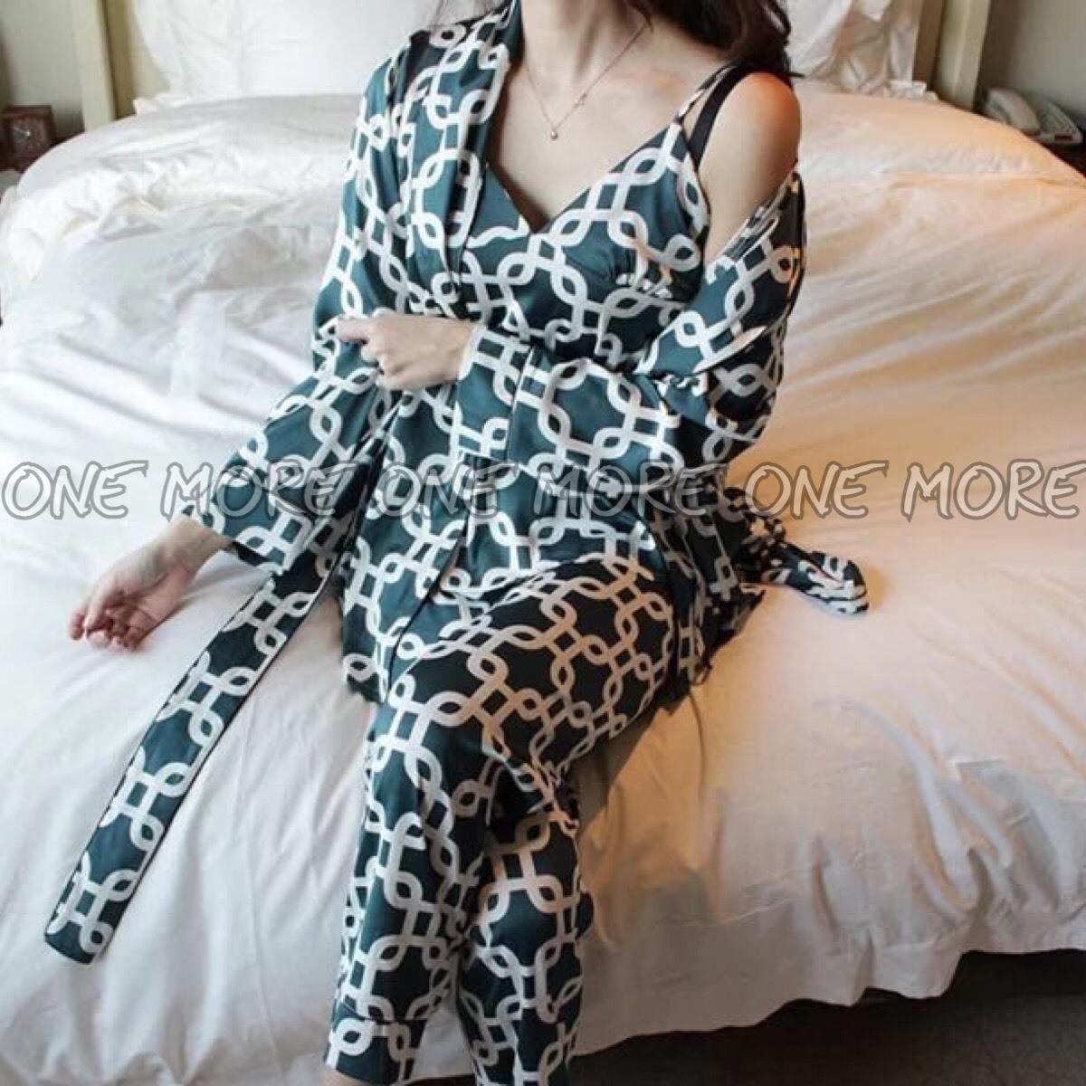 ชุดนอน3ชิ้น เสื้อสายเดี่ยว + เสื้อคลุมแขนยาว + กางเกง + ผ้าผูกเอว
