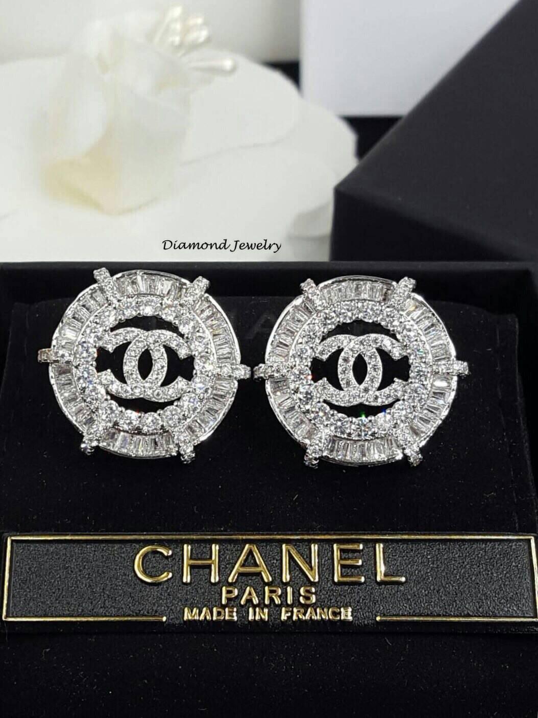 พร้อมส่ง ต่างหูแบรนด์ Chanel งานเพชร CZ แท้