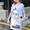 ชุดเดรสเกาหลี พร้อมส่ง Chill Open Shoulder Denim Dress