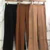 เสื้อผ้าเกาหลีพร้อมส่ง กางเกงขายาว ตีเกร็ดยาวด้านหน้า