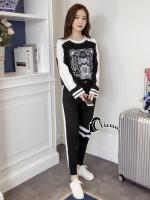 เสื้อผ้าเกาหลีพร้อมส่ง Kenz$ Winter Black Sportswear