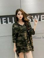 เสื้อผ้าเกาหลีพร้อมส่ง เสื้อแขนยาวผ้าลายทหาร ฮู้ดมีเชือกรูด