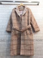 เสื้อผ้าเกาหลีพร้อมส่ง โอเวอร์โค๊ตลายชิโนริ บุซับในฟองน้ำและผ้าต่วน