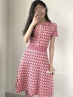เดรสไหมพรมคอปกลายหัวใจทั้งตัว สีชมพูหวานคะ