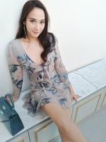 Dress แขนยาว คอวีซิปหลัง