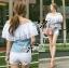 ( พร้อมส่งเสื้อผ้าเกาหลี) เสื้อเปิดไหล่ผ้าลูกไม้ตัดต่อผ้าเดนิมสุดหวาน ตัวนี้เหมาะกับสาวลุคคุณหนูไฮโซหวานๆ ดีเทลเก๋มากที่ช่วงไหล่ถึงอกเป็นผ้าลูกไม้คอตตอนฉลุลายสวยมากๆ มีสองชั้นเป็นเลเยอร์ ตรงคอเสื้อจะเป็นยางยืดนะคะเพื่อจะเปิดไหล่ก็ไดหรือไม่เปิดก็ได้ค่ะ thumbnail 5