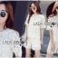 เสื้อผ้าเกาหลี พร้อมส่งเซ็ตเสื้อและกางเกงผ้าลูกไม้ลายดอกเดซี่สีขาว-เหลือง thumbnail 3