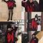 เสื้อผ้าเกาหลีพร้อมส่ง เสื้อไหมพรมเกาหลี MAMC พื้นดำทอลายตัดแดง thumbnail 5