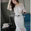 ชุดเดรสเกาหลีพร้อมส่ง เดรสชีฟองสีขาวทรงระบายเลเยอร์กระโปรงผ้าลูกไม้ thumbnail 1