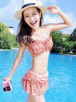 ชุดว่ายน้ำ บิกินี่ ทูพีช สีชมพู เซ็ต 3 ชิ้น ลายดอกไม้ แต่งระบายน่ารัก